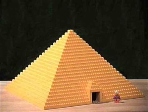 How Do You Make A Pyramid Out Of Paper - the great pyramid a lego 174 creation by david vinzant