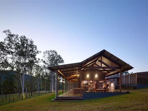 hinterland house shaun lockyer architects archdaily