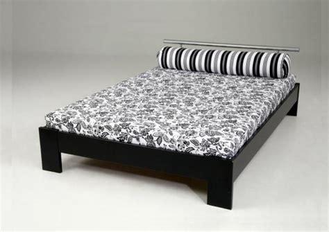lattenbodem twijfelaar twijfelaar bed yvonne 120 x 200 cm zwart met
