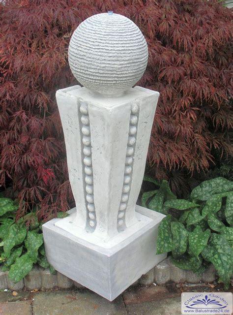 moderne gartenbrunnen moderner gartenbrunnen mit kugel springbrunnen