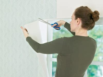 how to wallpaper around windows how to wallpaper a room