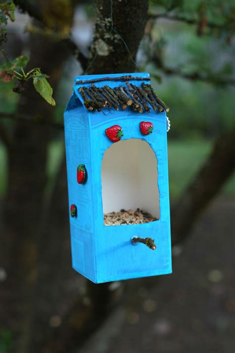 Milk Bird Feeder 17 ways to make a milk bird feeder guide patterns