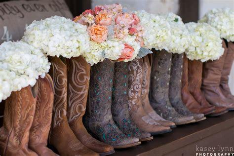 wedding cowboy boots wedding trend cowboy boots