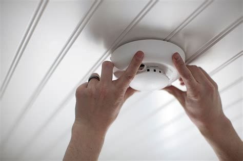 how to install smoke detector the importance of changing your smoke detector batteries