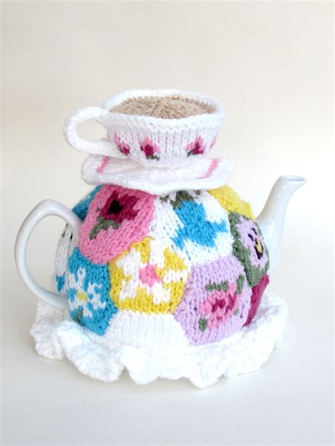 Patchwork Tea Cosy - tea cosy folk tea cosy knitting patterns and knitted