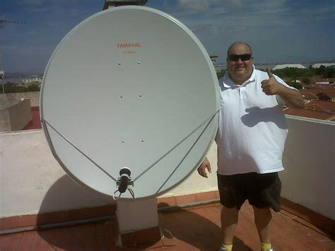 big satellite tv satellite dish www pixshark images galleries with a bite