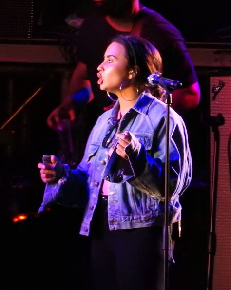 new year performance demi lovato rehearses for new year s performance at