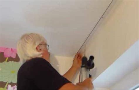 gardinenhaken richtig anbringen gardinenschiene decke anbringen wohn design