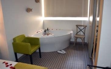 hoteles con jacuzzi en la habitacion en valencia escapada con jacuzzi privado noche rom 225 ntica valencia y