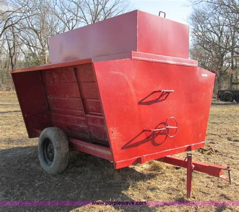 Used Feeders Farm Three Ton Feeder No Reserve Auction On