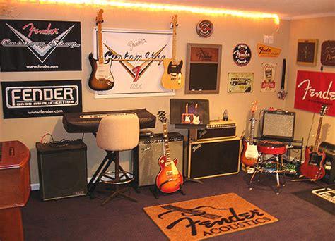 Coastal Themed Kitchen - boys music room ideasa