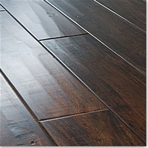 Wood vs. Laminate?   Decorchick!