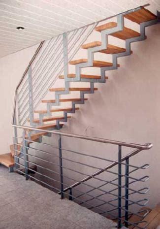 Treppe Handlauf Aussenbereich by Treppen Vord 228 Cher Schlosserei G 246 Tzmann
