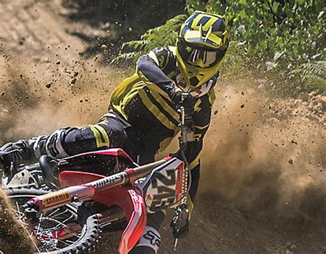 fox motocross uk motocross gear clothing fox racing 174 official site uk