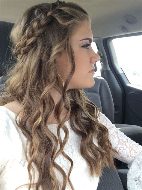 Homecoming Hairstyles by 1000 Ideas About Formal Hairstyles On