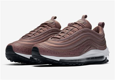 Nike Air Max 97 On Air Lasode 200 by Nike Air Max 97 Quot Purple Smoke Quot Aq8760 200 Sneakernews