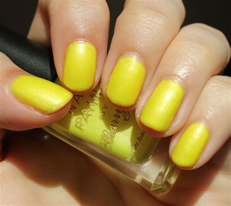 Neon Nails From Barry M by Barry M Neon Yellow Mikhila