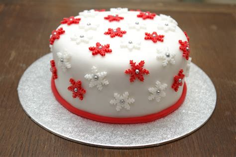 snowflake cake janehuntley
