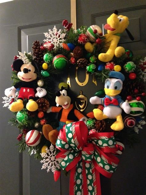 best 25 disney christmas decorations ideas on pinterest