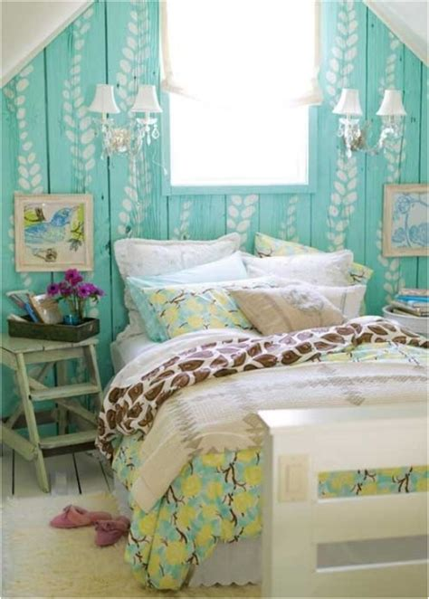 Cottage Bedroom by Cottage Bedroom Design Ideas