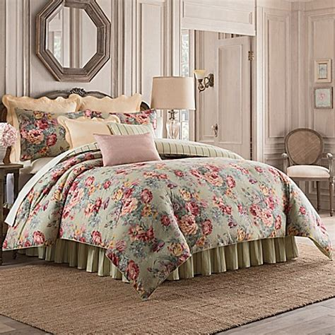 beyond bedding buy belgravia queen comforter set in green from bed bath
