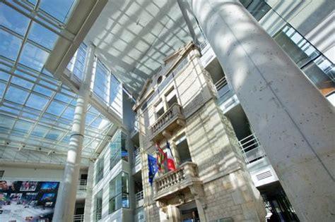 Mba Tourisme Esc Troyes Vs Inseec Lyon by Esc Dijon 233 Cole De Commerce 224 Dijon Ecoles2commerce