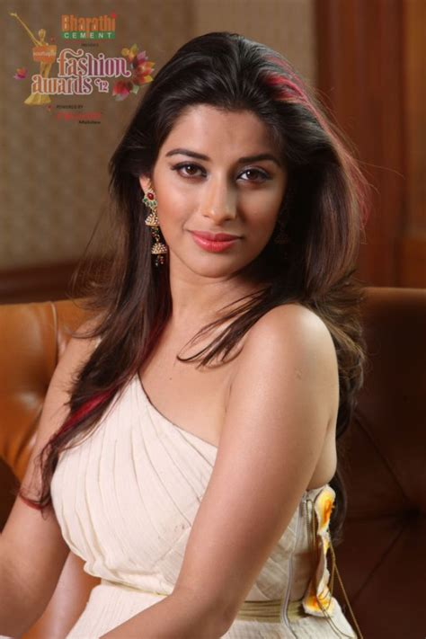 hot photos of heroine s heroines hot photos latest news photos reviews gulte