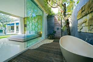 discover the most wanted and exquisite outdoor bathrooms