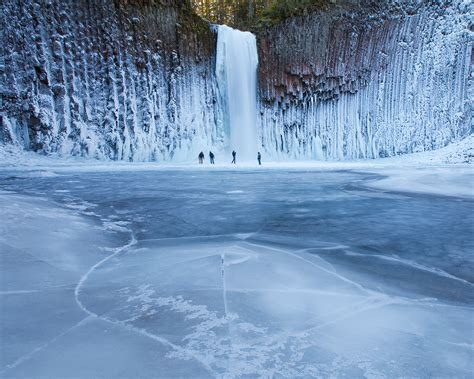 frozen waterfalls abiqua falls oregon usa amazing places