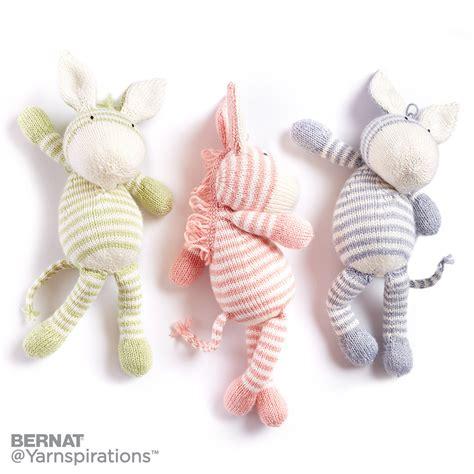 zebra pattern yarn bernat knit zebra knit pattern yarnspirations