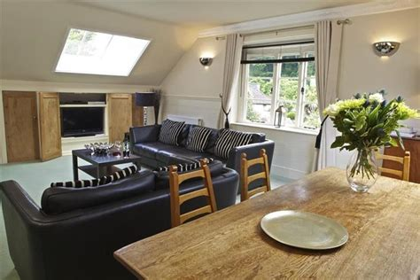 living room coach 1 the coach house ref 1oldco in warfleet creek cottage weekend and breaks at