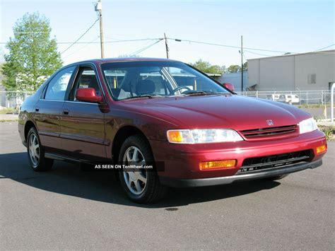 1995 Honda Accord by 1995 Honda Accord Ex Sedan 4 Door 2 2l