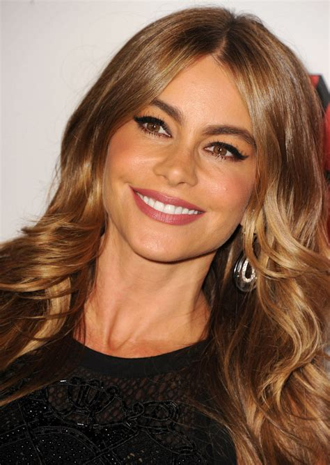 Sofia Makeup sofia vergara s got a cool twist on a cat eye makeup look for you to