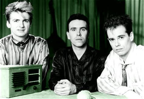 crowded house music crowded house biography discography music news on 100 xr the net s 1 rock station