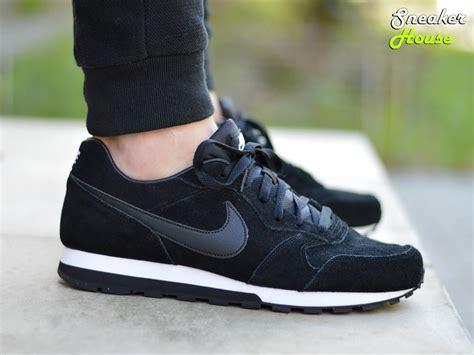 Nike Md 2 Runner Black White by Nike Md Runner 2 Leather 819834 001 Mens Sneakers Ebay