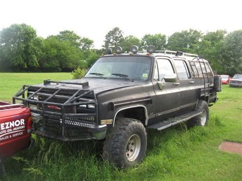 Expedition E 6698 apocalypse vehicle road suburbans 1989 gmc