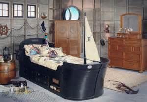 disney 4 pc boat bedroom
