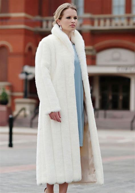 Not All Fur Real Or Faux Need Be Removed At The Door With A Plush Fox Vest Balmain Shows How To Bring Fur Indoors For Day Fashiontribes Fashion by Winter White Mink Faux Fur Signature Length Coat