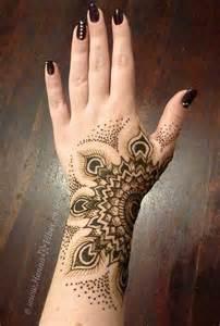 pretty simple hand mehendi henna design mehendi