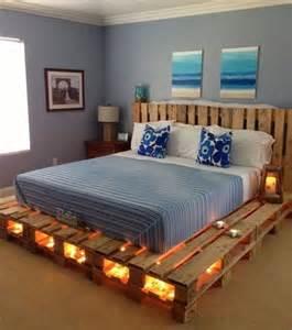 photo lit en palettes en bois