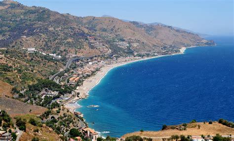 giardini naxos taormina riviera taormina la localit 224 sicilia italia costa taormina