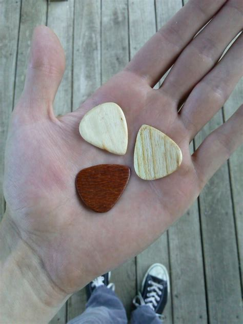 How To Make A Paper Guitar That Works - how to make a paper guitar that works 10 ways to make