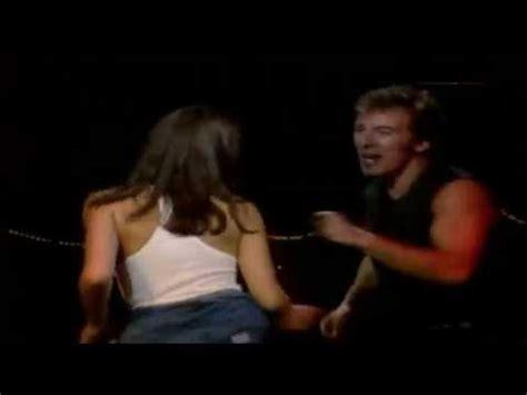 bruce springsteen dancing in the dark 1988 youtube