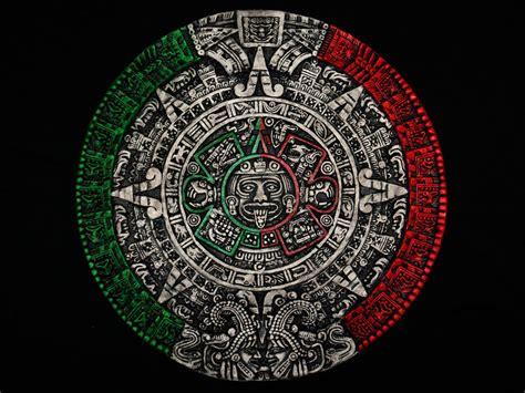 tattoo azteca aztec calendar sculpture sol calendario azteca mexico