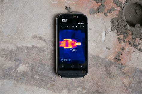cat s60 review a rugged phone that can see in the