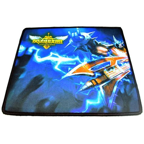 High Precision Gaming Mouse Pad Stitched Edge Model 2 Promo high precision gaming mouse pad stitched edge model 1