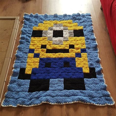 free crochet pattern minion crochet afghan square make 1000 images about crochet despicable me minions on