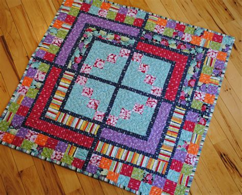 Quarter Baby Quilts by Baby Quilt Pattern And Easy Quarter By