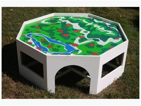 wooden octagon battat table city