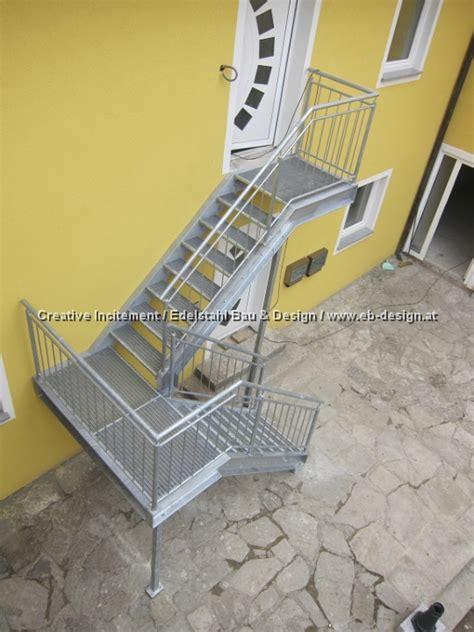 Treppengeländer Edelstahl Innen Preise by Verzinkte Aussentreppe Mit Gel 228 Nder Und Gitterroststufen